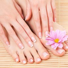 French manicure - Beverwijk